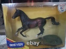 Breyer NEW Royal Kaliber #701604 (750 made) Show Jumper mold RARE NIB WOW