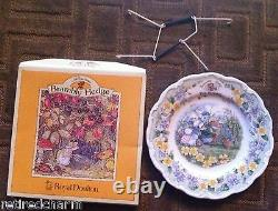 RARE NEW IN BOX HTF ROYAL DOULTON Brambly HEDGE CHINA PLATE THE OUTING