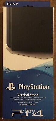 Rare PS4 Pro Persona 5 The Royal Limited Edition CUH-7200BB02/PR Playstation 4