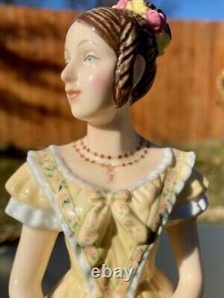 Royal Doulton 9 Queen Victoria Figurine Young Queens NEW! Rare HN5705